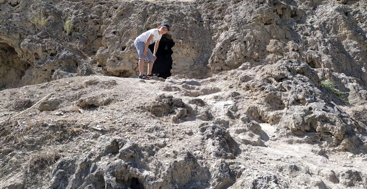 Acquaintance with the cave Kyrk gyz