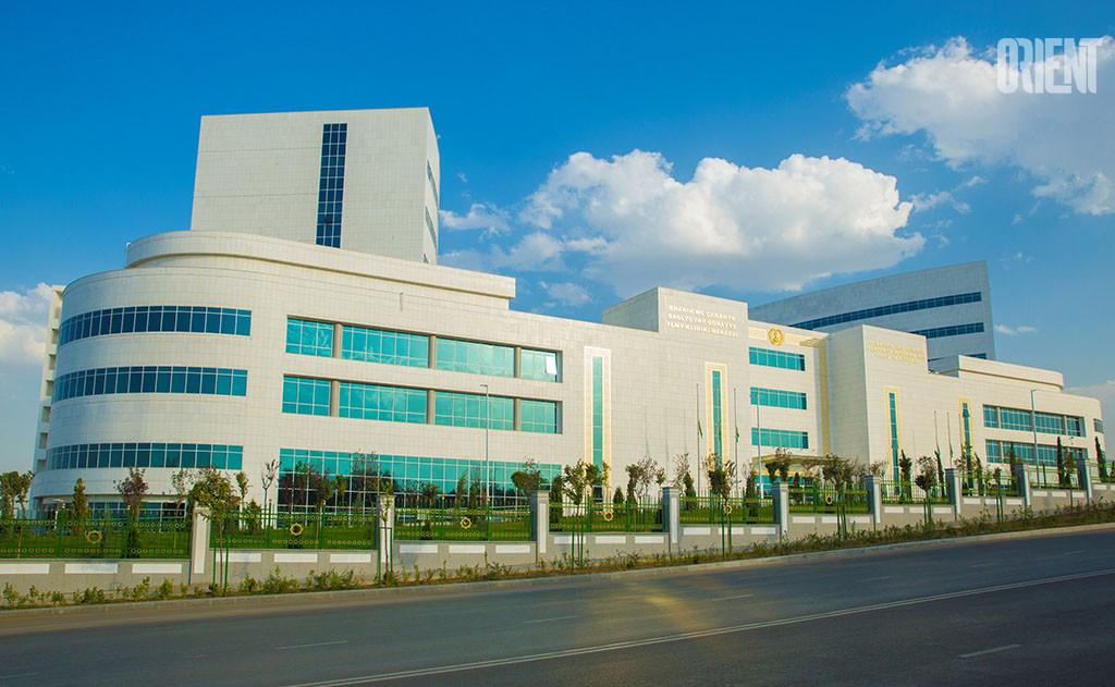President Berdimuhamedov gave tasks for the construction of new medical institutions