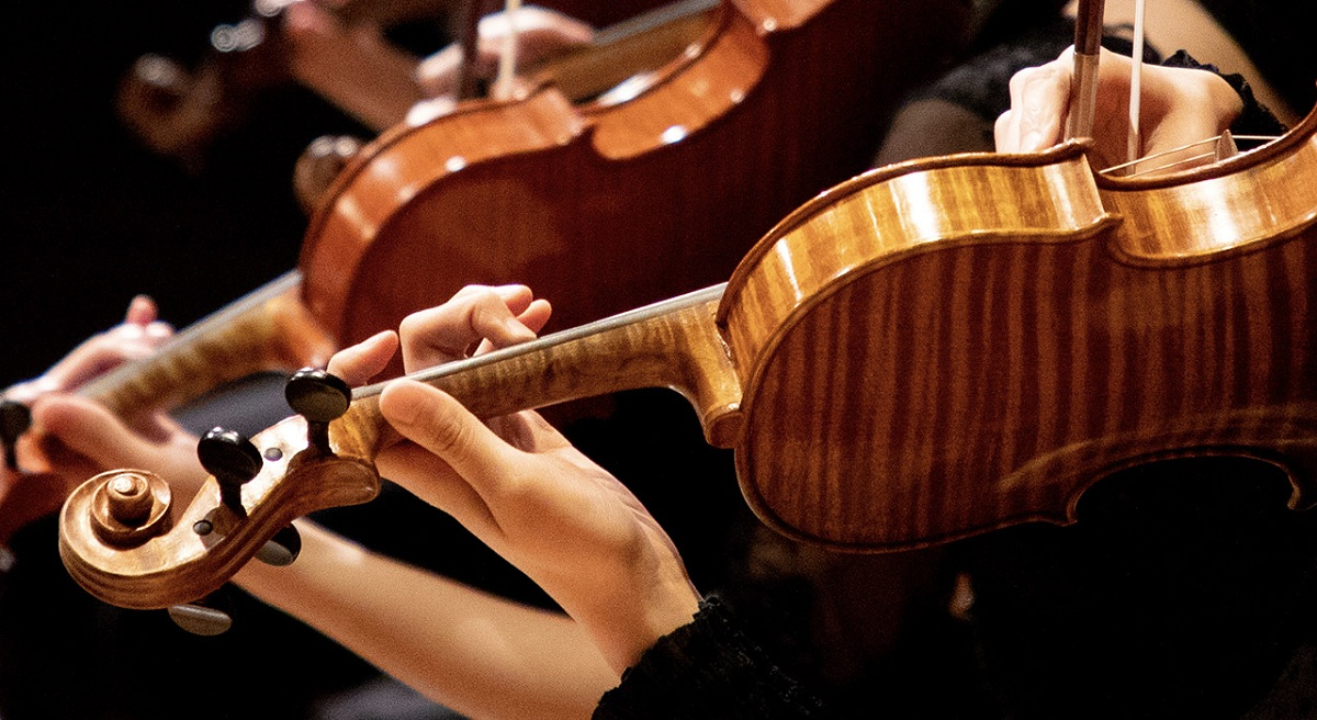 Violin and piano duet: week of chamber music at the Turkmen Conservatory