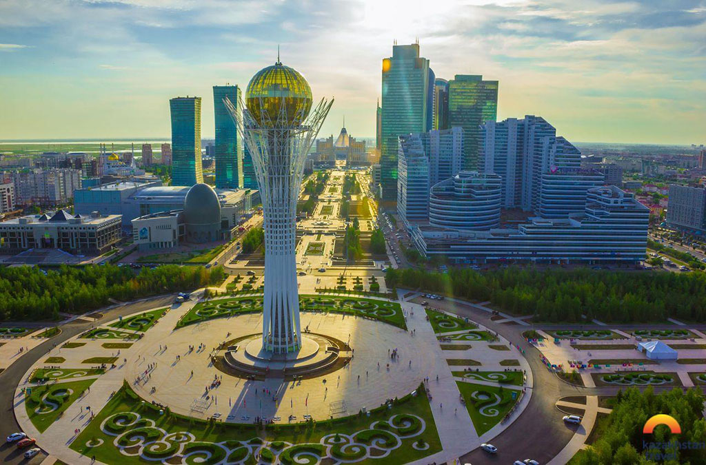 В Казахстане отмечают День государственных символов