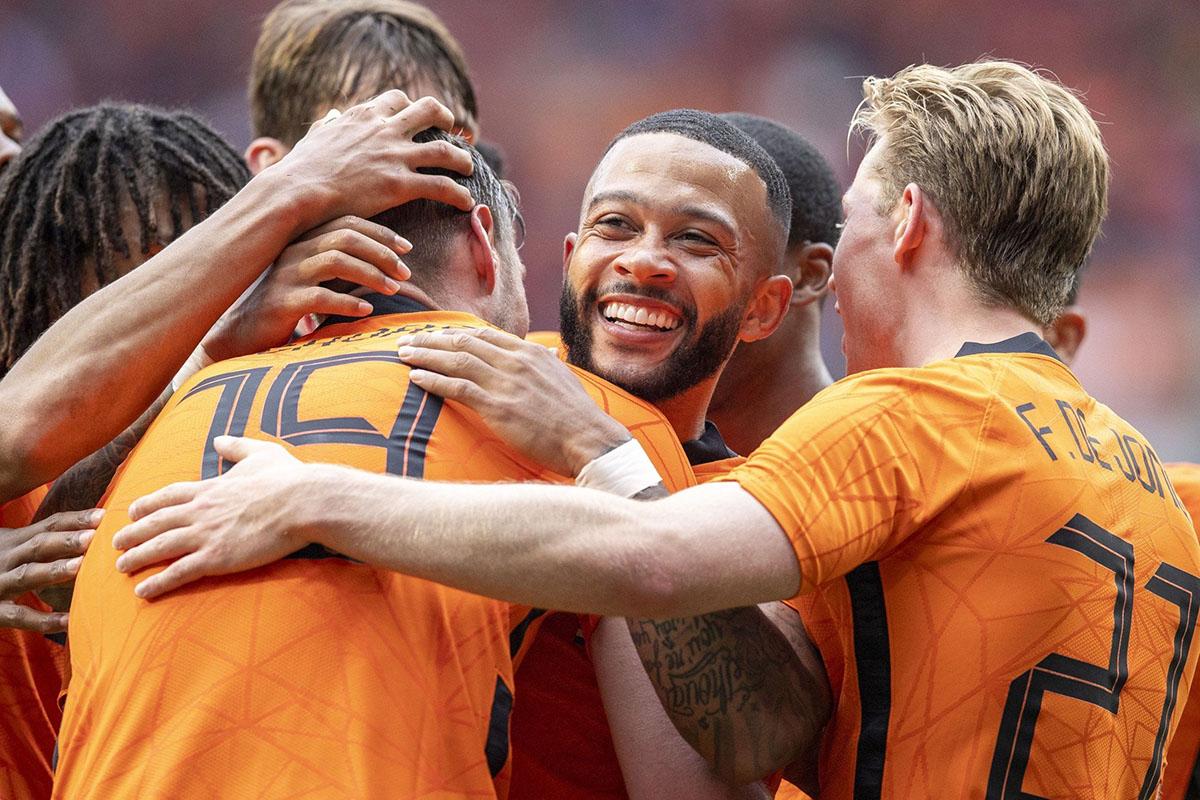 Тур по Евро-2020: победа Англии, дебют македонцев и праздник в Амстердаме