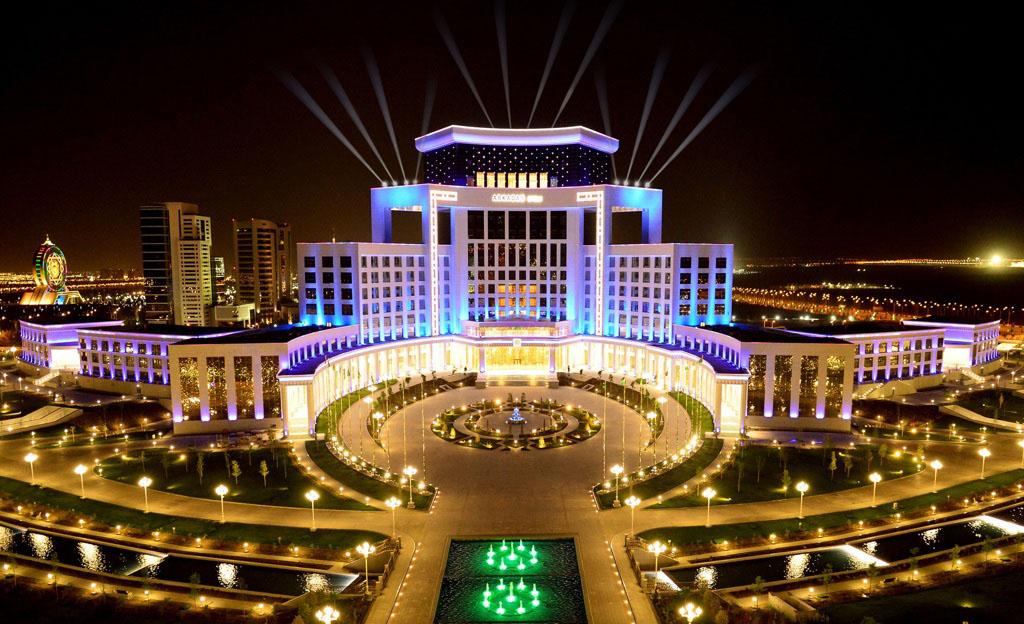 На юге Ашхабада открылся фешенебельный отель «Аркадаг»