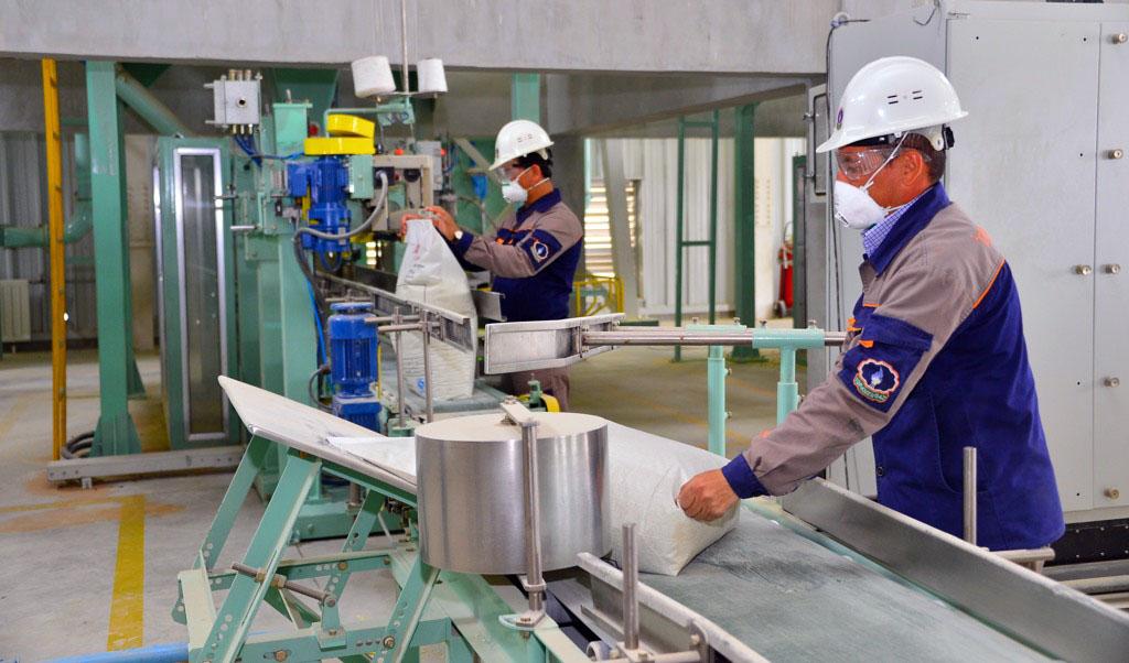 Туркменистан помогает Украине диверсифицировать импорт нефтепродуктов