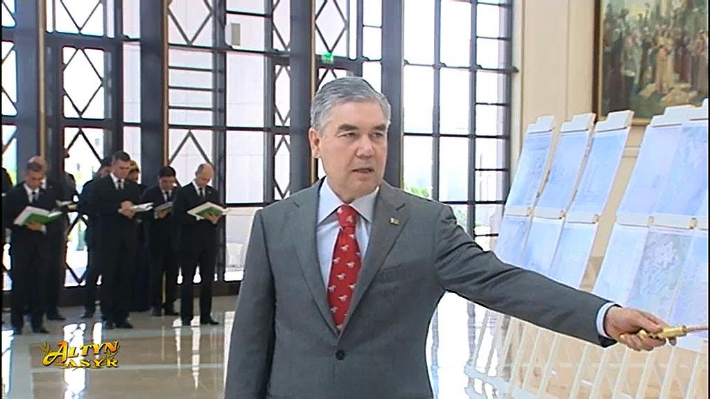На презентации строительных проектов в Ашхабаде представлены новые медцентры