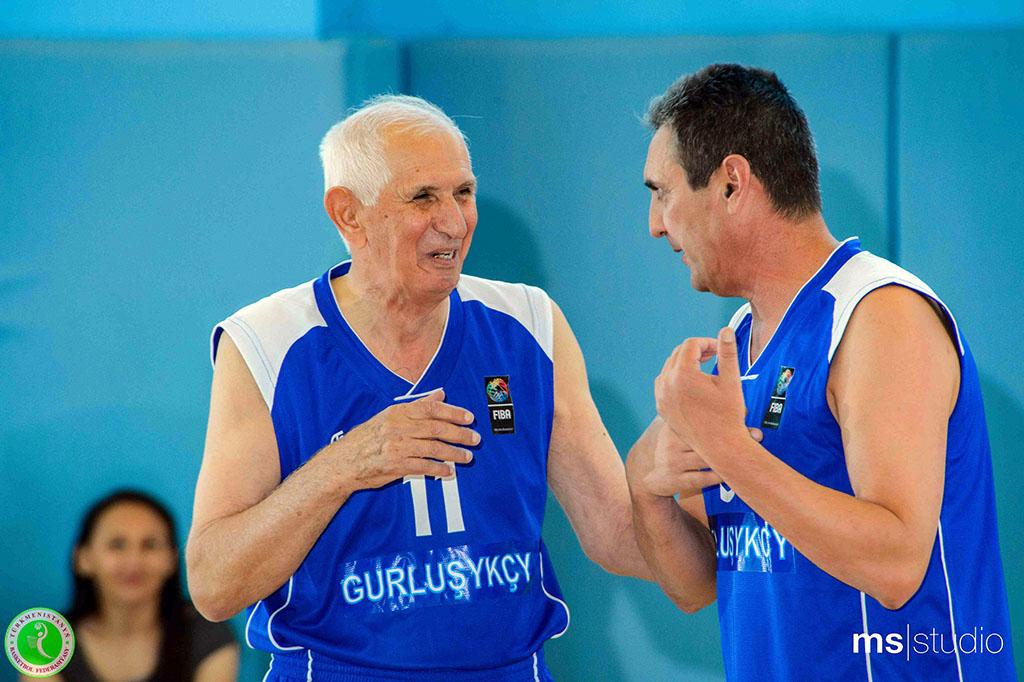 «Продолжаю заниматься баскетболом по сей день». Вагиф Мамедов отмечает 75-летний юбилей