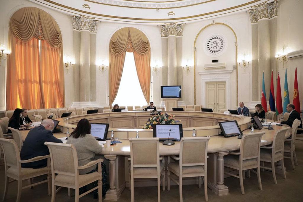 Туркменистан обсуждает в Минске создание в СНГ Комиссии по правам человека