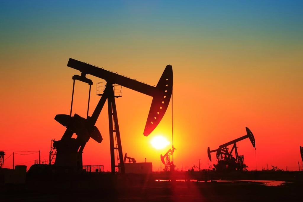 Цены на нефть устремились вверх из-за рекордного сокращения запасов