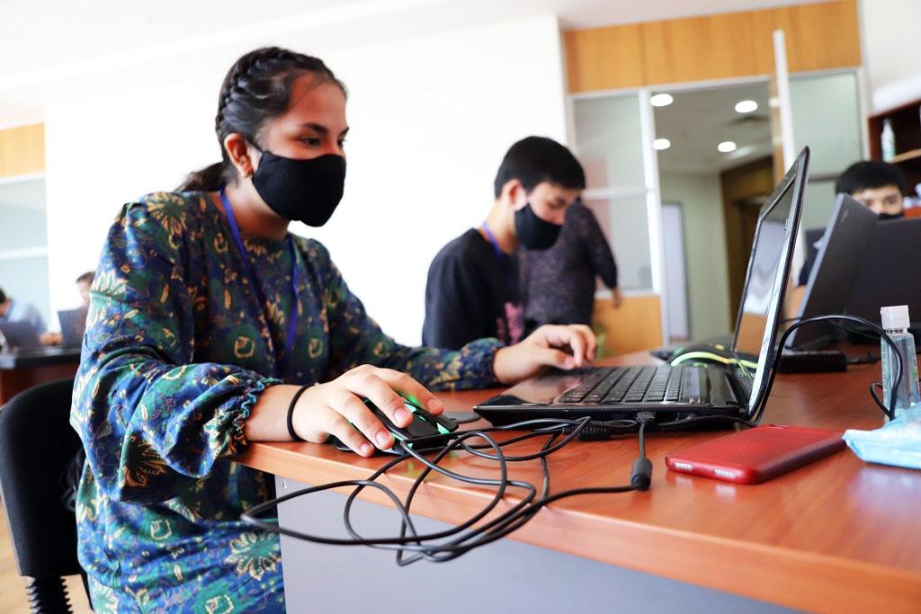 ФОТО 3 09082021 состязание среди молодых программистов от проон.jpg